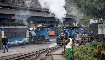Passage to India – The Ooty Train, Part I   Camera and Pencil in the