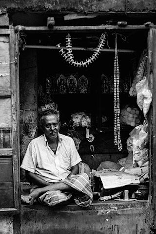Kolkata Shopkeeper-1147.jpg